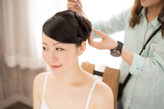 盛り髪アップの方法・やり方・手順や使い方・流れなどについて