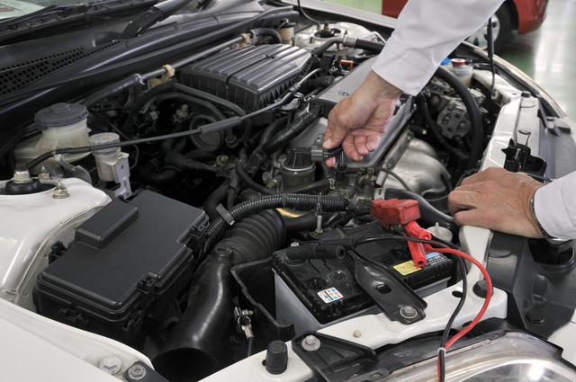 バッテリー交換の方法・やり方・手順や使い方・流れなどについて