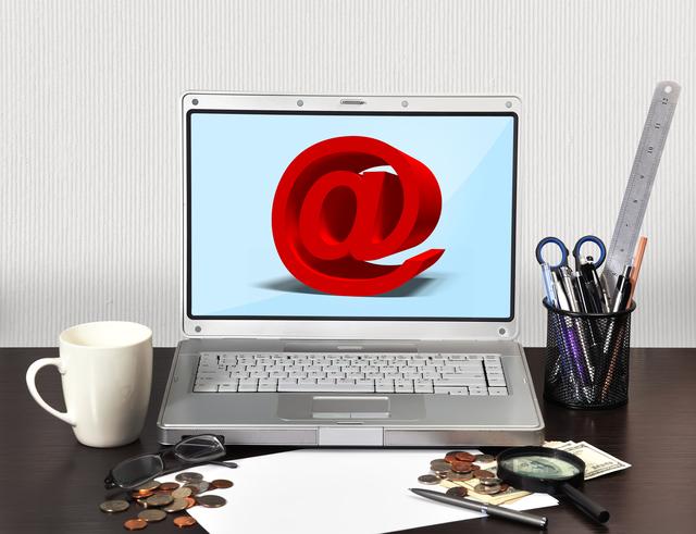 パソコンメールアドレス取得の方法・やり方・手順や使い方・流れなどについて