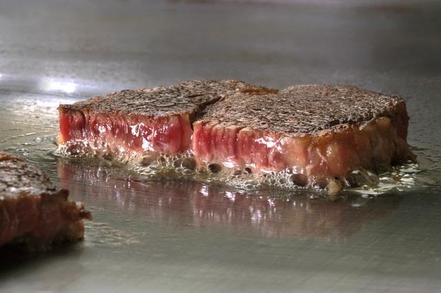 ステーキを美味しく焼く方法・やり方・手順や使い方・流れなどについて