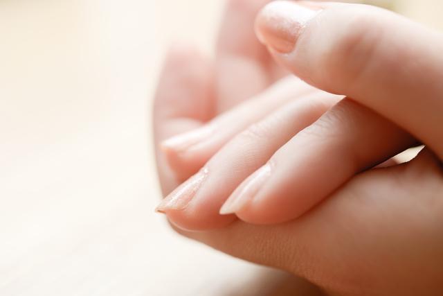 爪を早く伸ばす方法・やり方・手順や使い方・流れなどについて