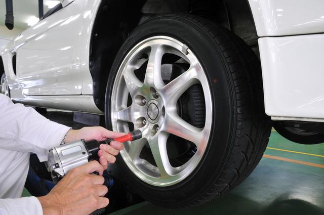 タイヤローテーションの方法・やり方・手順や使い方・流れなどについて
