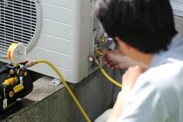 エアコン真空引きの方法・やり方・手順や使い方